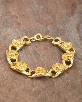 00678732301b4 Lion Engraved Designer Bracelet Dare by Voylla For Stylish Men | VOYLLA  Fashions