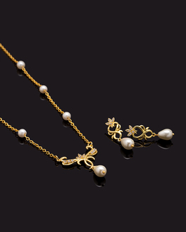 604eeb44b Buy Pearl Jewelley Sets Online - Pearl Ornaments, Necklace Sets for ...
