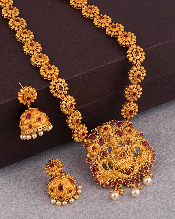 3bf3c6a04d180 Traditional Gold Plated Satva Long Necklace Set